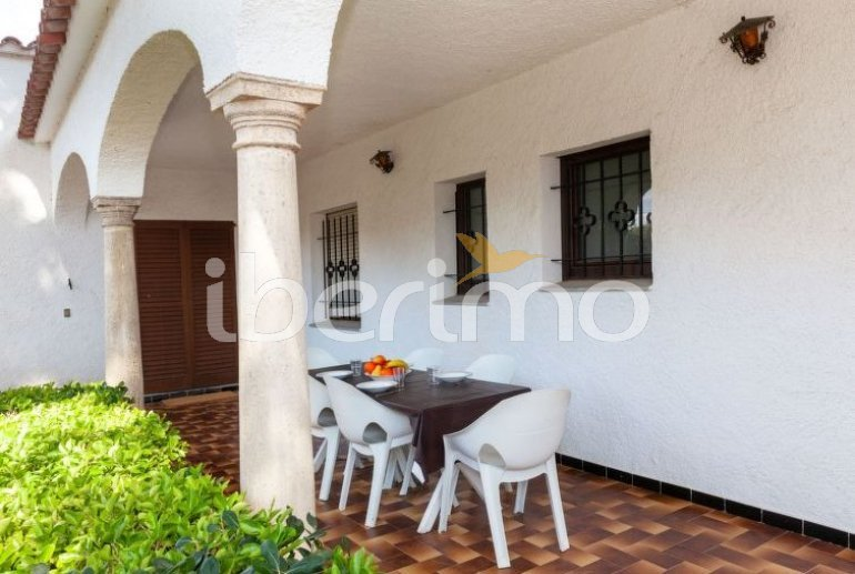 Villa   L'Escala para 6 personas con piscina privada p9
