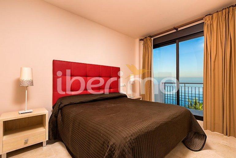 Apartamento   Torrox Costa para 2 personas con piscina comunitaria p10
