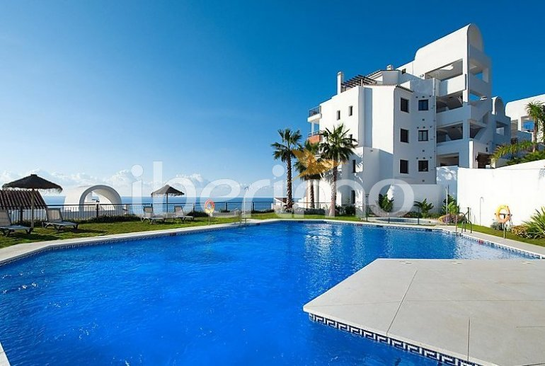 Apartamento   Torrox Costa para 2 personas con piscina comunitaria p4