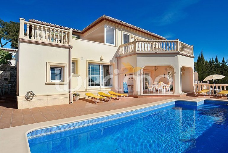 Apartamento   Moraira para 4 personas con piscina privada p0