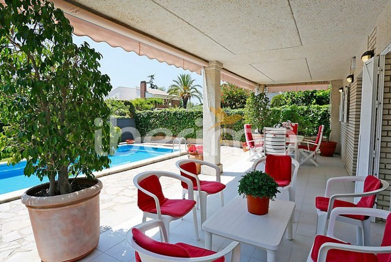Villa   Cambrils para 12 personas con piscina privada p4