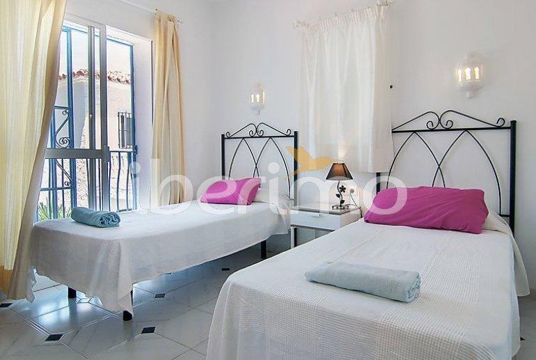 Villa   Nerja para 9 personas con piscina privada p6