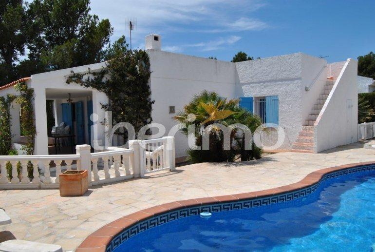 Villa   Ametlla de Mar para 9 personas con piscina privada protegida y alrededor del mar p1