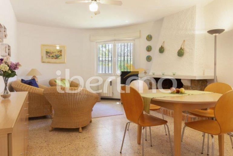 Villa   Cambrils para 6 personas con piscina comunitaria p10