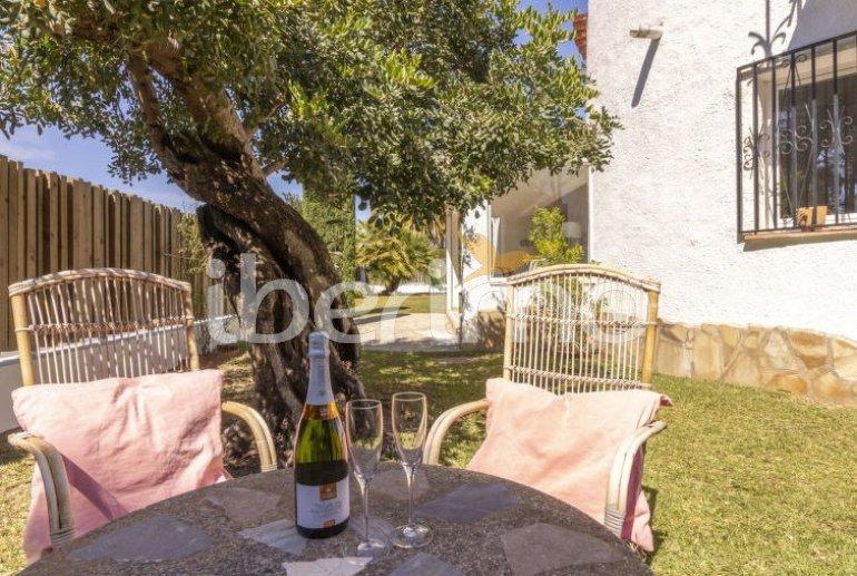 Villa   Cambrils para 6 personas con piscina comunitaria p2