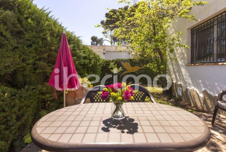 Villa   Cambrils para 6 personas con piscina comunitaria p4