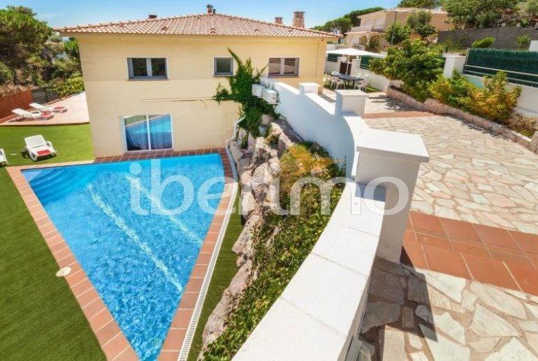 Villa   Lloret del Mar para 8 personas con piscina privada p3